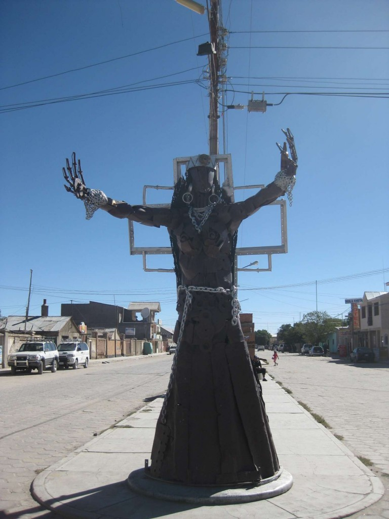 Creepy Statue 2, Uyuni